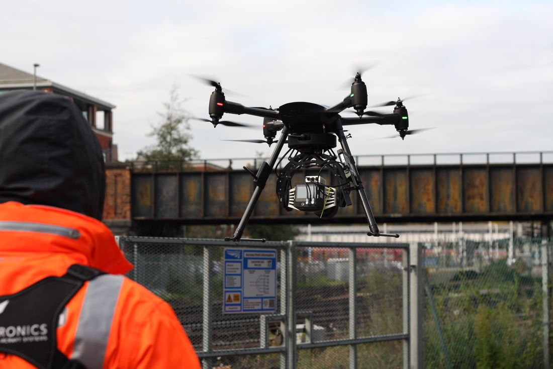 Vogel R3D being flown at Guildford Station