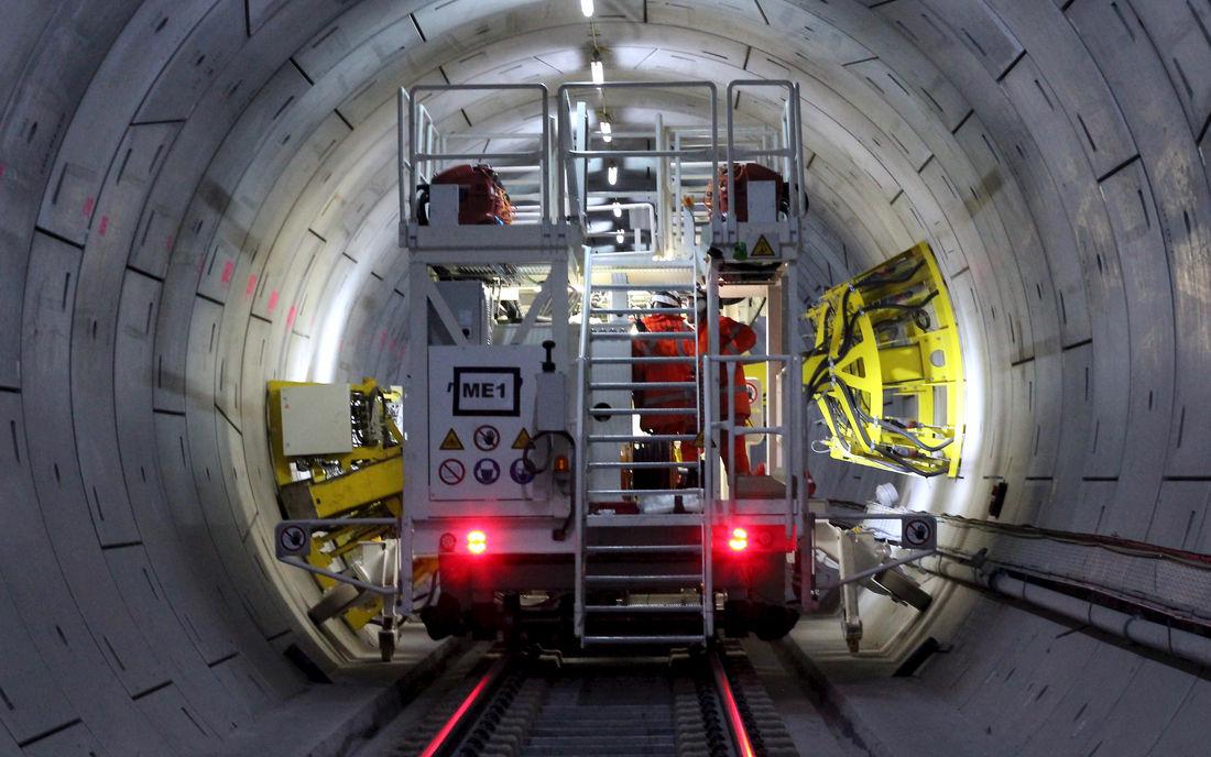 Rail Crossrail Drilling Machine