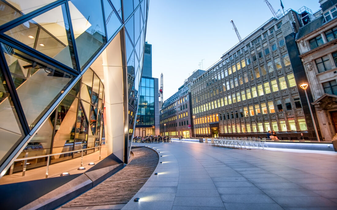 Property-London-Generic-Shutterstock 449601142