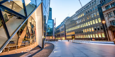 Property-London-Generic-Shutterstock 449601142