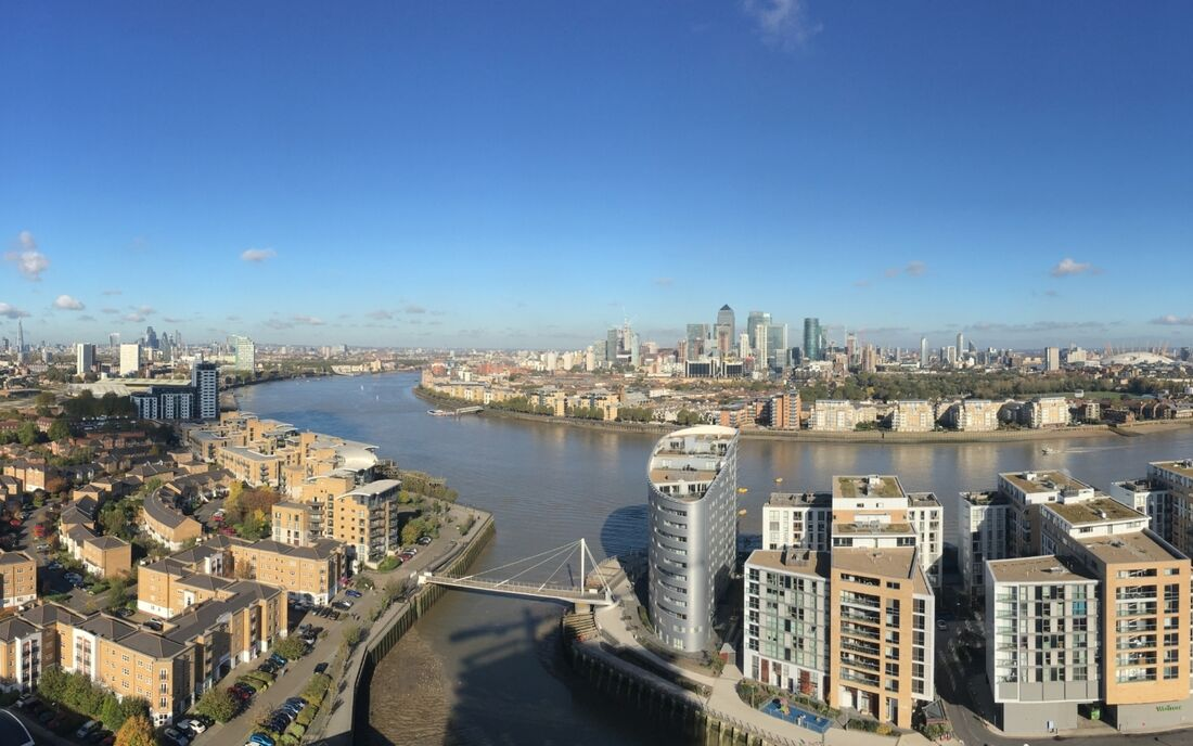 Pc Monitoring Greenwich Creekside London View2