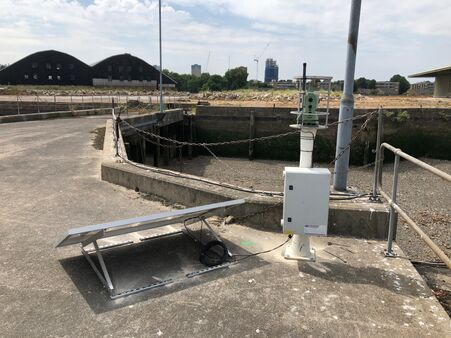 Pc Monitoring Convoys Wharf London Equipment Total Station Solar