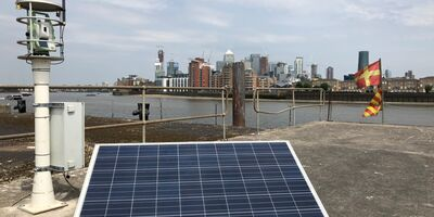 Pc Monitoring Convoys Wharf London Equipment Total Station Solar 2